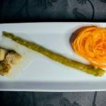 Vieiras com Caramelo de Limão Siciliano, Aspargos e Ninho de Cenoura