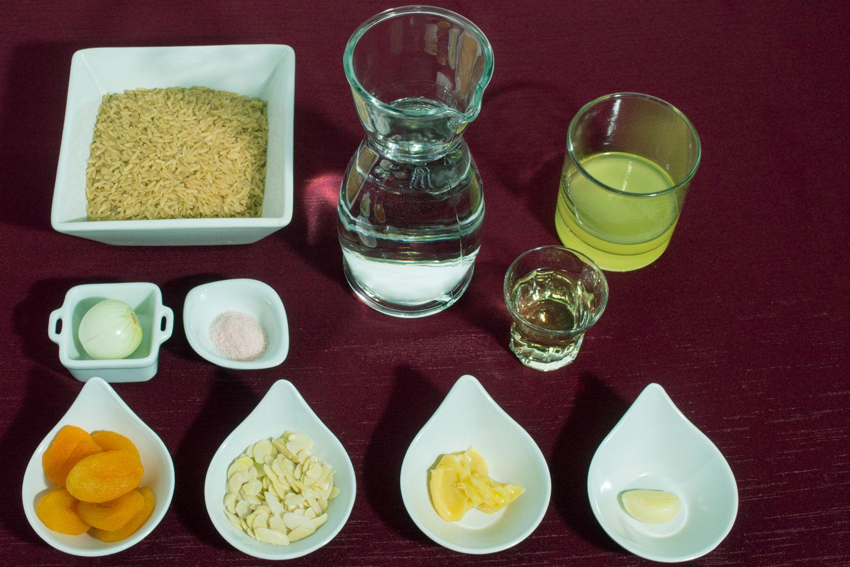 Ingredientes arroz integral com damascos e limonchello